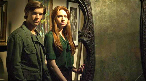 Brenton Thwaites and Karen Gillan in Oculus